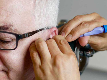 Private Ear Syringing >> Dunfermline Hearing Centre Free Hearing Tests Ear Wax